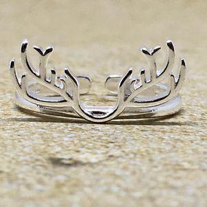 Adjustable Deer Antler Ring for Sale in Lester, WV