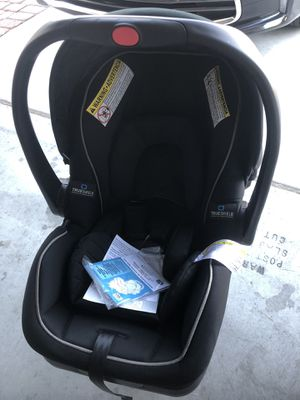 Graco Snugride LX Infant Car Seat w/ TruShields Protection (JT212) for Sale in Las Vegas, NV