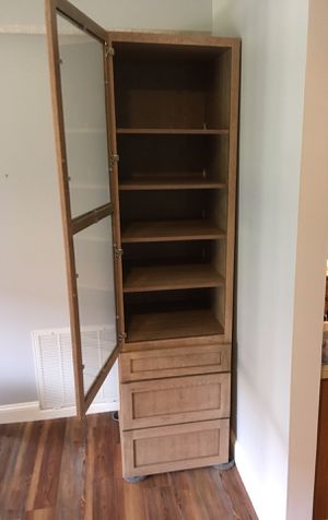 """Schuler Curio/ Hutch/ China /Buffet cabinet for dining, family, or living room 89""""H x 24""""W x 25""""D for Sale in Traverse City, MI"""