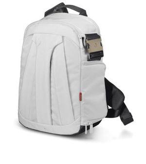 DSLR camera crossbody backpack for Sale in Washington, DC