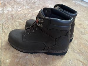 Thorogood work boots size 10 for Sale in Hamilton, OH