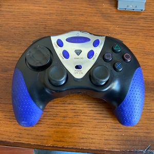 Intec Go Lazer Wireless Controller - black, blue - for Sony PlayStation 2 By for Sale in Fort Lauderdale, FL