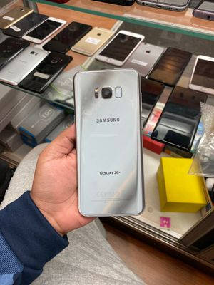 Samsung galaxy s8plus 64gb factory unlocked (ITS A STORE) for Sale in The Bronx, NY