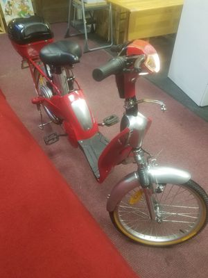 ELECTRIC BICYCLE MOPED for Sale in Chicago, IL