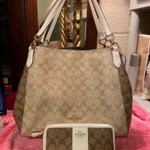 Coach Brown and White Purse and Wallet for Sale in Moreno Valley, CA