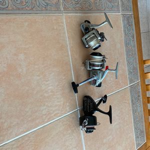 Three Fishing Reels 2 Daiwais , 1 Shakespeare for Sale in La Verne, CA