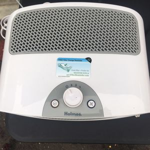 Holmes Air Humidifier for Sale in Santee, CA