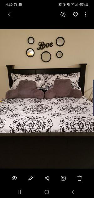 KINGSIZE BED FOR SALE for Sale in Dallas, GA