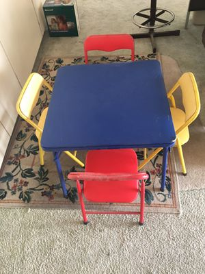 Kid table with 4 chairs for Sale in Sun City, AZ