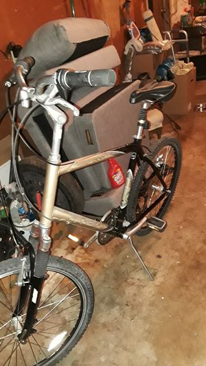 Trek 300 series Navigator mountain bike for Sale in Union City, CA
