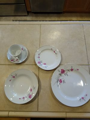 Porcelain China- 40 piece set for Sale in Portland, OR