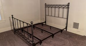 Queen Bed frame for Sale in Pittsburgh, PA