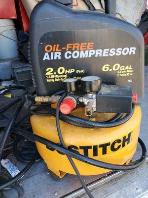 Bostitch air compressor 6 gallons for Sale in Phoenix, AZ