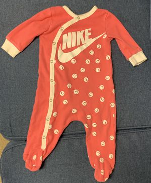 Baby Girl clothes (3-6 months) for Sale in Raleigh, NC