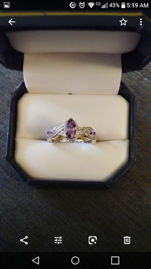 New Amethyst and gold 3.10 ctw size 8 for Sale in Owatonna, MN