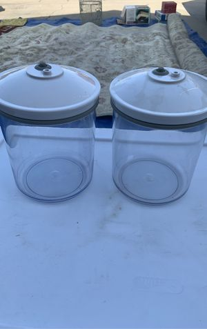 9 pieces of seal a meal vacuum containers for Sale in Fresno, CA