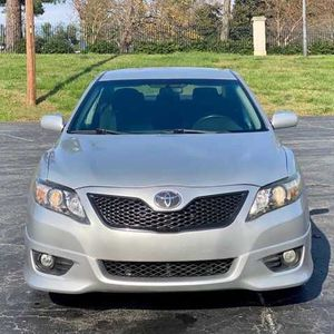 2o11 Toyota Camry Se for Sale in St. Cloud, MN