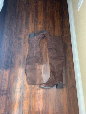 Brown knee high heeled boots with zipper for Sale in West Covina, CA