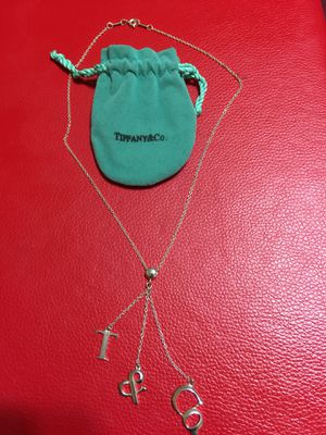 Authentic Tiffany & co. New necklace in good condition all sterling silver 925 for Sale in Los Angeles, CA