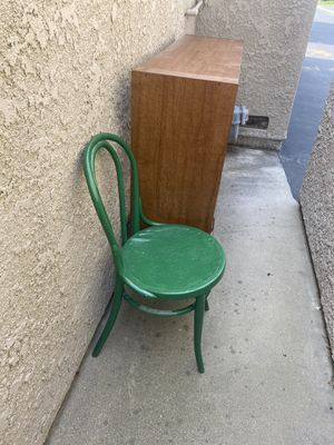 Free green chair metal. for Sale in Upland, CA