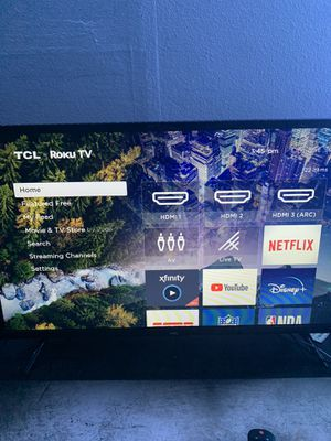 32 inch roku tv for Sale in South Prairie, WA