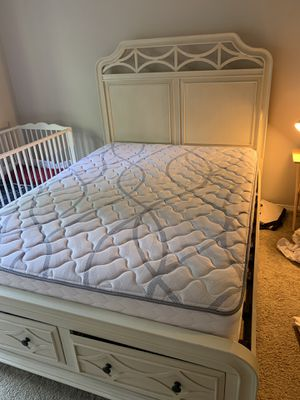 Queen Bed frame and mattress for Sale in Moon, PA