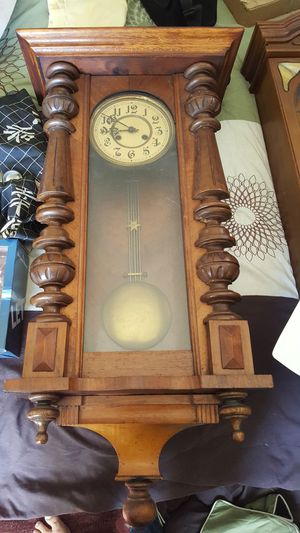 Antique German Wall Clock for Sale in Chicago, IL