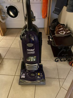 Eureka Vacuum Cleaner for Sale in Beaverton, OR