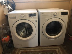 LG 2017 Washer & Dryer for Sale in Salt Lake City, UT