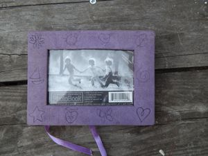 BRAND NEW 19 picture Photo Album with sayings on each page for Sale in Monroe, LA