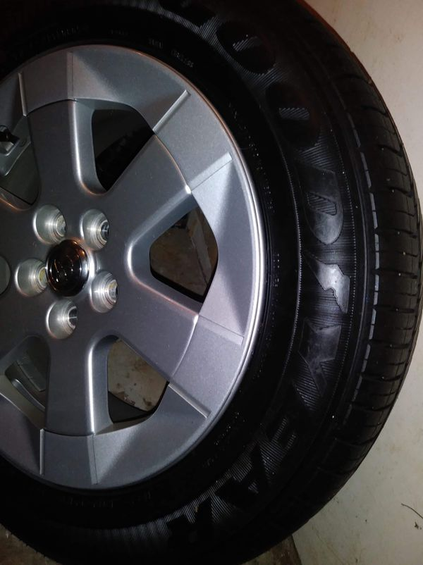 Toyota Prius Alloy Wheels with Goodyear 185-65-R15 tires..