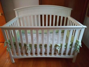 Crib for Sale in WILOUGHBY HLS, OH