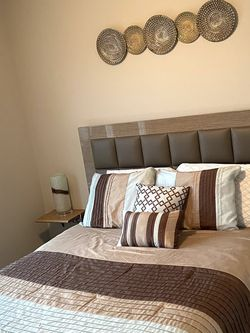 Upholstered Queen Size Platform Bed w/ Headboard Frame and bed frame w/ floating shelves w/ lamps And Decorative Mirror for Sale in Franklin,  TN