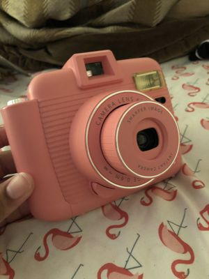 Pink fujifilm instant camera for Sale in Round Rock, TX