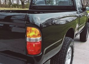 Looks good too TOYOTA TACOMA 2001 Interior: clean, non-smoker for Sale in Ludlow, KY