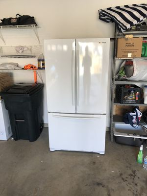 Samsung Refrigerator for Sale in Mount Airy, MD