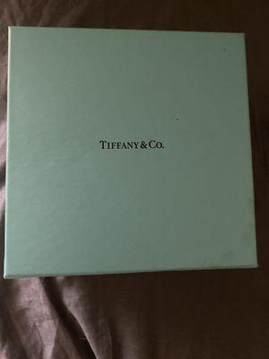 Tiffany Glass Jewelry case for Sale in Oviedo, FL