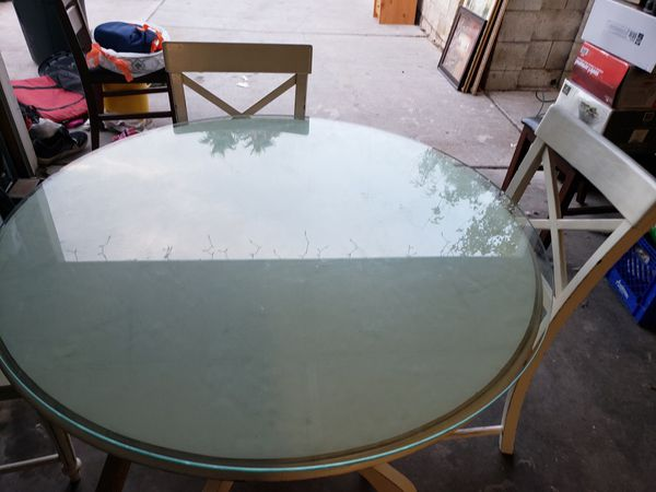 White Vintage Dinning Table