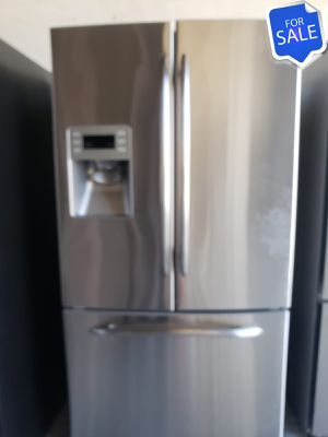 😍😍Refrigerator Fridge GE Works Perfect 36in Wide #1455😍😍 for Sale in Riverside, CA