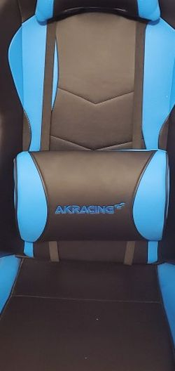 AKRACING Gaming Chair ( Send offer) for Sale in Chicago,  IL
