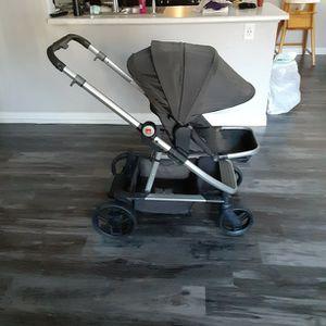 Stroller , Carseat , 3 Piece Stroller for Sale in Henderson, NV