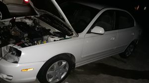 2005 Hyundai Elantra 2.0 parting out parts for Sale in Ocala, FL
