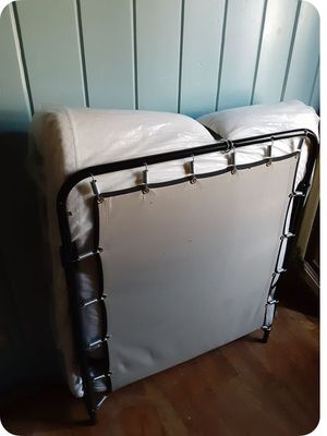 Twin Folding Cot for Sale in Fresno, CA