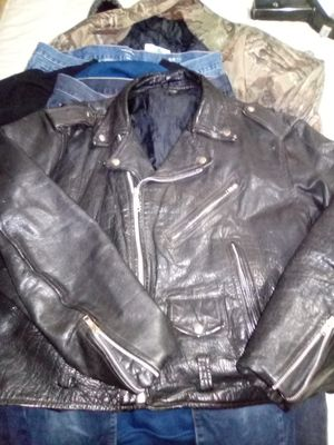 Nice XL leather jacket. Motorcycle jacket. for Sale in Eugene, OR