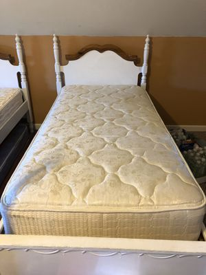 Frame twin bed for Sale in Boiling Springs, SC