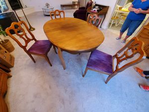 Dining Room Table with 6 Chairs for Sale in Wexford, PA