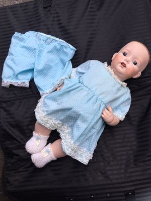 Vintage Collectible Simon Halbig doll for Sale in Lake Forest Park, WA