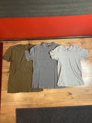 Great quality (x3) shirt bundle for Sale in Monterey Park, CA