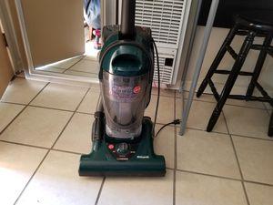 Vacuum..hoover/widepath for Sale in Lemoore, CA