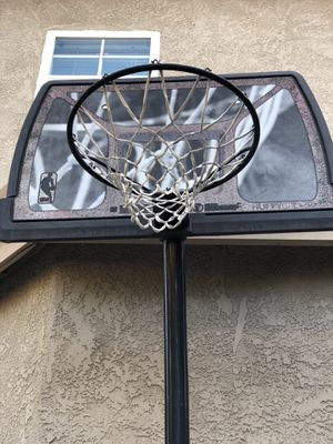Basketball Hoop for Sale in MONTE VISTA, CA